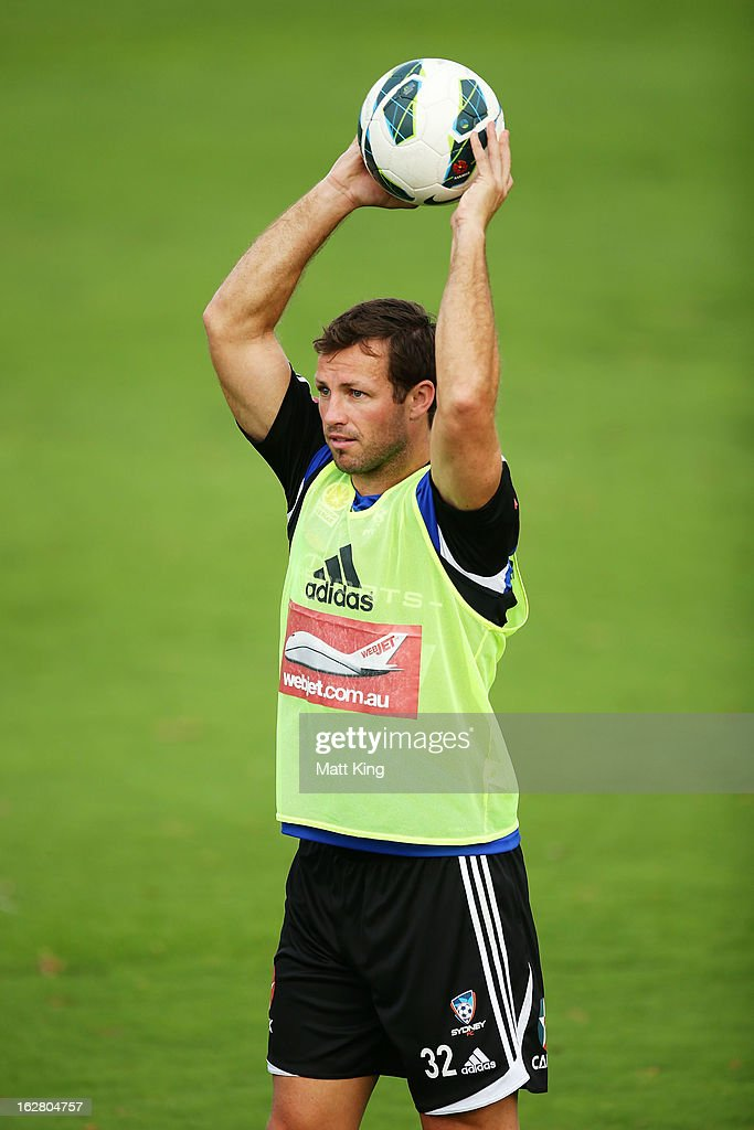 <a gi-track='captionPersonalityLinkClicked' href=/galleries/search?phrase=Lucas+Neill&family=editorial&specificpeople=213118 ng-click='$event.stopPropagation()'>Lucas Neill</a> controls the ball during a Sydney FC A-League training session at Macquarie Uni on February 28, 2013 in Sydney, Australia.