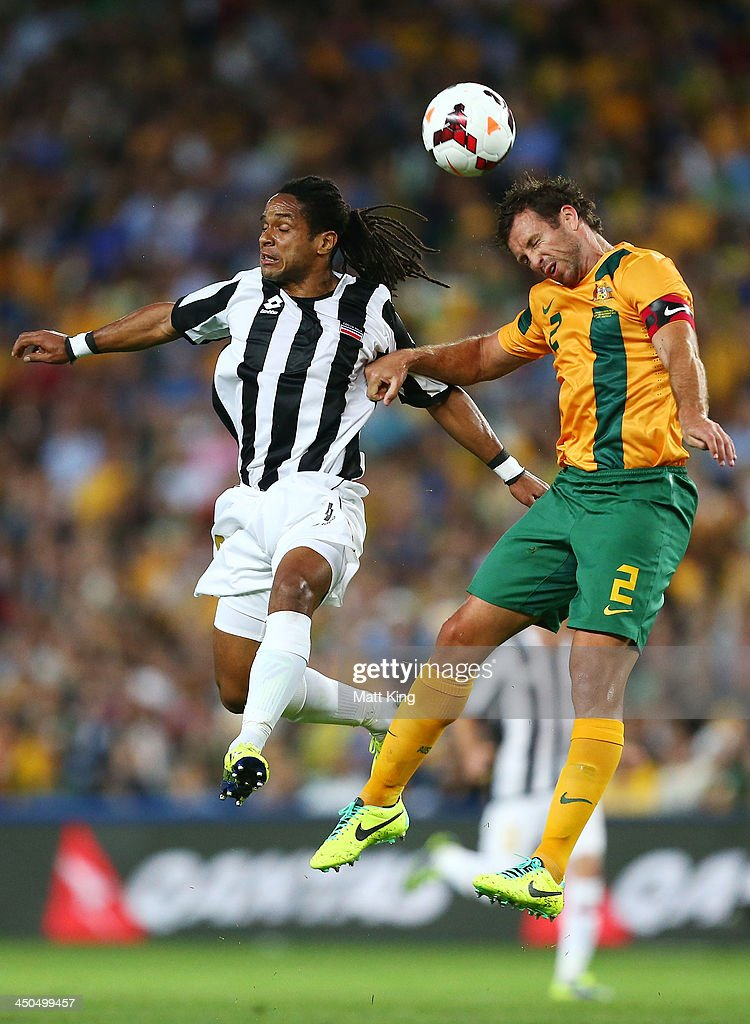 <a gi-track='captionPersonalityLinkClicked' href=/galleries/search?phrase=Lucas+Neill&family=editorial&specificpeople=213118 ng-click='$event.stopPropagation()'>Lucas Neill</a> of the Socceroos competes for a header with Jonathan McDonald of Costa Rica during the international friendly match between the Australian Socceroos and Costa Rica at Allianz Stadium on November 19, 2013 in Sydney, Australia.