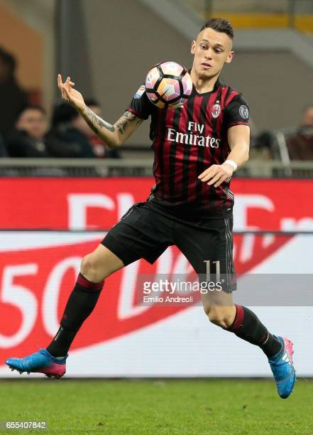 Lucas Ocampos of AC Milan controls the ball during the Serie A match between AC Milan and Genoa CFC at Stadio Giuseppe Meazza on March 18 2017 in...