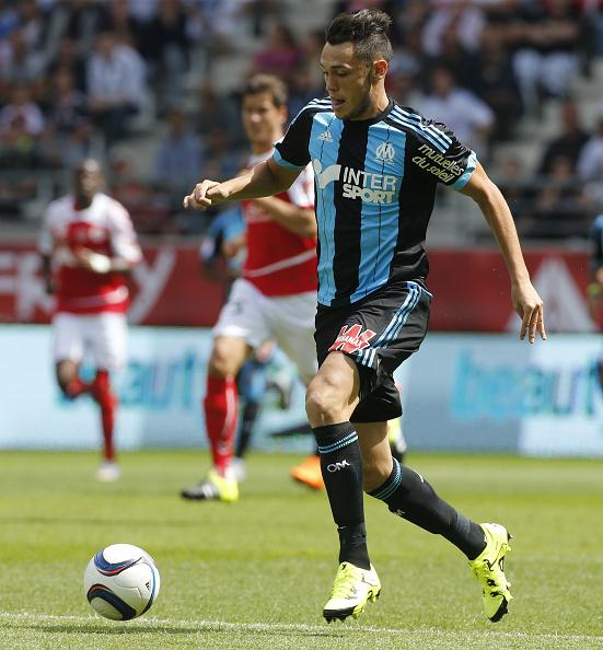 Lucas Moura Of Psg In Action During The Ligue 1 Match: Lucas Ocampos Photos Et Images De Collection