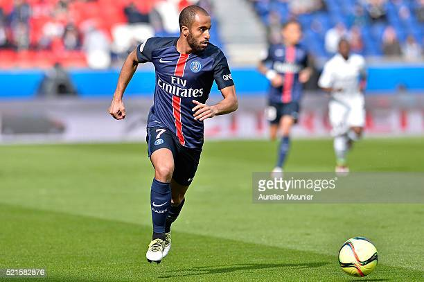 Lucas of Paris SaintGermain runs with the ball during the Ligue 1 game between Paris SaintGermain and SM Caen at Parc des Princes on April 16 2016 in...