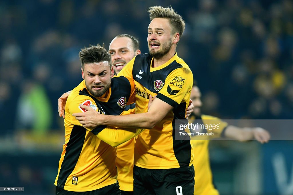 SG Dynamo Dresden v 1. FC Kaiserslautern - Second Bundesliga
