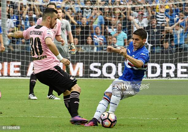 Lucas Torreira of sampdoria is Callanged by Ilija Nestorovski of Palermo during the Serie A match between UC Sampdoria and US Citta di Palermo at...