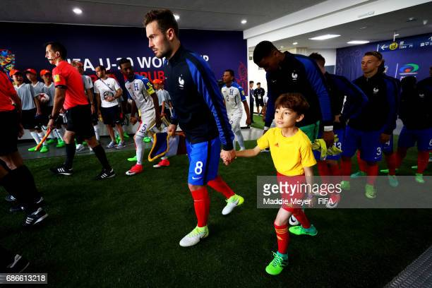 Lucas Tousart of France leads his team onto the pitch before the FIFA U20 World Cup Korea Republic 2017 group E match between France and Honduras at...
