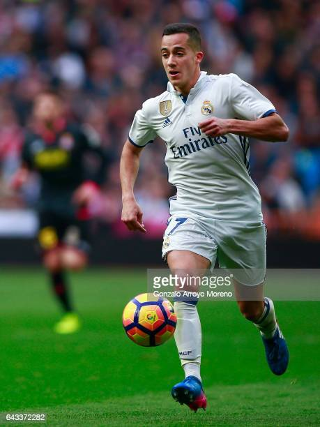 Lucas Vazquez of Real Madrid CF controls the ball during the La Liga match between Real Madrid CF and RCD Espanyol at Estadio Santiago Bernabeu on...