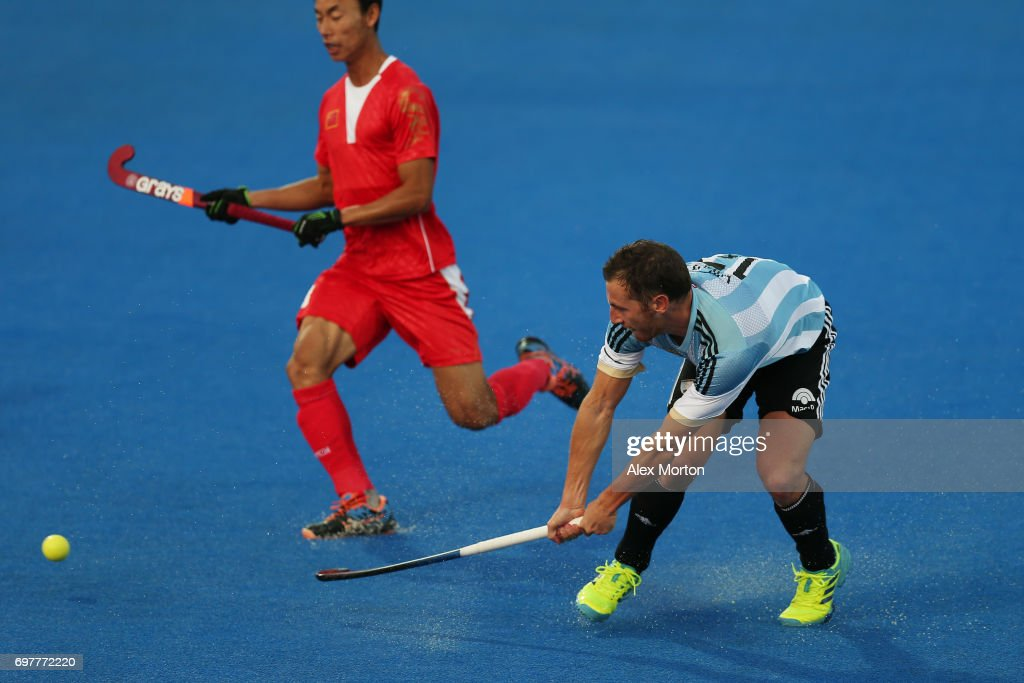 Lucas Vila of Argentina scores his team's third goal during the Pool A match between Argentina and China on day five of Hero Hockey World League Semi-Final at Lee Valley Hockey and Tennis Centre on June 19, 2017 in London, England.