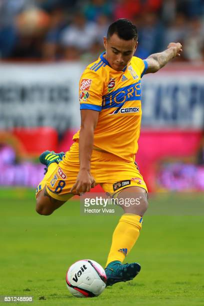 Lucas Zelarayan of Tigres takes a shot during the 4th round match between Pachuca and Tigres UANL as part of the Torneo Apertura 2017 Liga MX at...