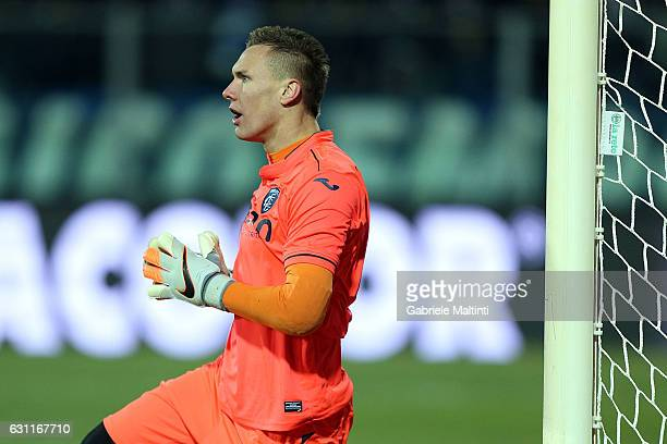 Lucasz Skorupski of Empoli FC reacts during the Serie A match between Empoli FC and US Citta di Palermo at Stadio Carlo Castellani on January 7 2017...