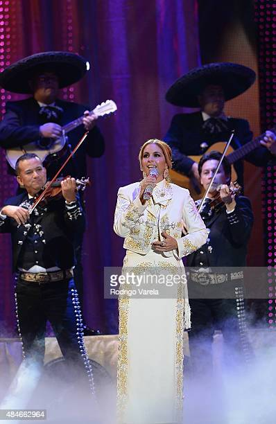 Lucero performs onstage at Telemundo's 'Premios Tu Mundo' Awards 2015 at American Airlines Arena on August 20 2015 in Miami Florida