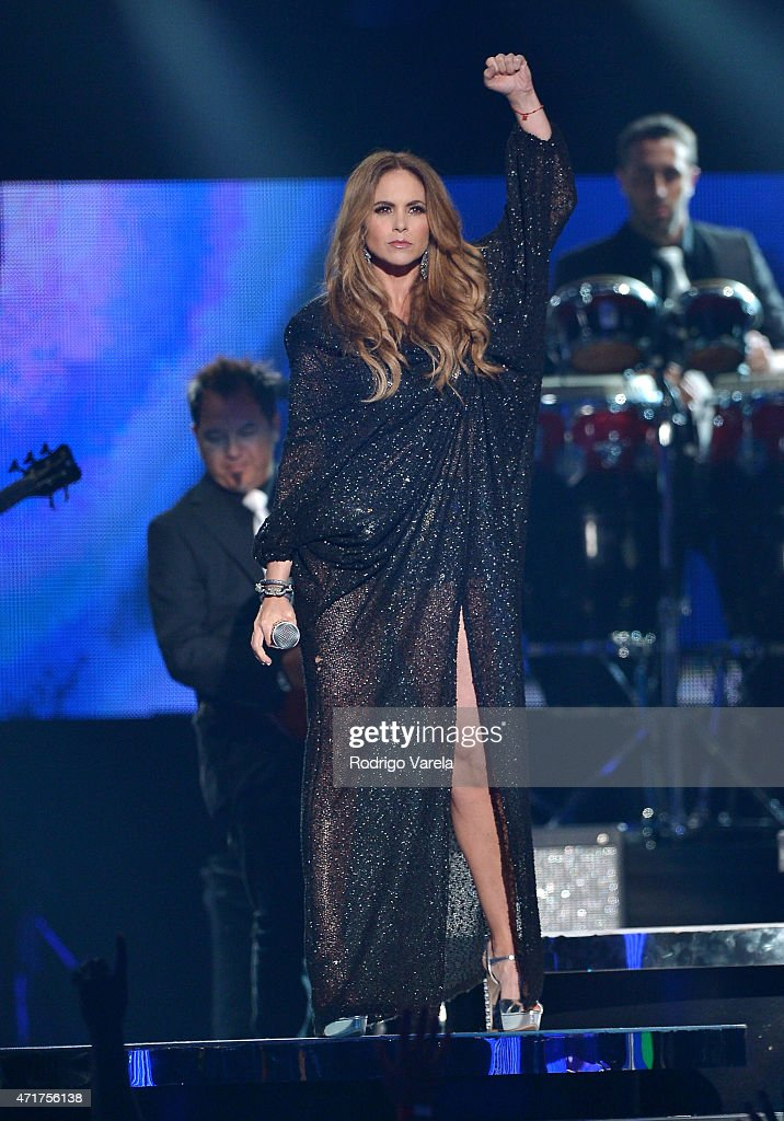 Lucero performs onstage at the 2015 Billboard Latin Music Awards presented bu State Farm on Telemundo at Bank United Center on April 30, 2015 in Miami, Florida.
