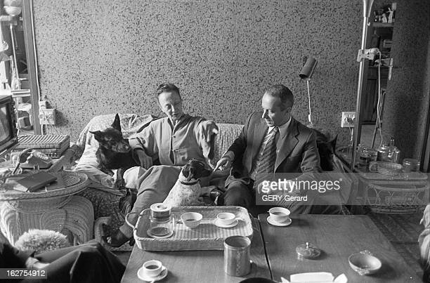 Lucette Almanzor Wife Of LouisFerdinand Celine Receives Francois Gibault Author Of The Book 'Celine Le Temps Des Esperances' Meudon 15 mai 1977...