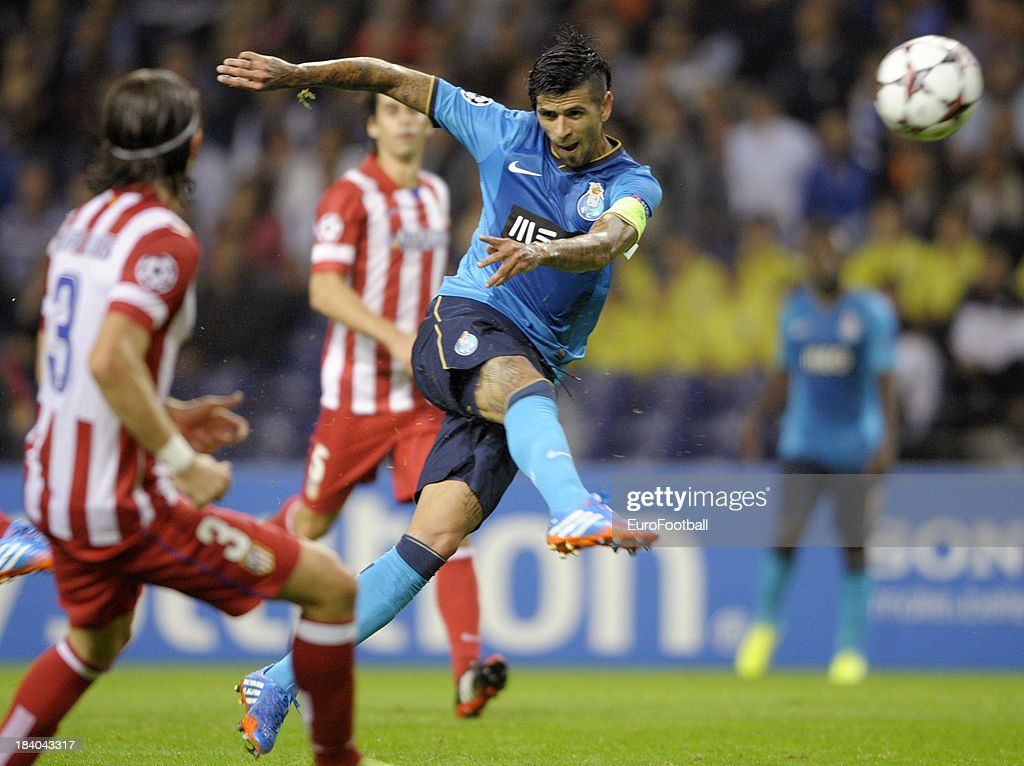 Lucho Gonzalez of FC Porto in action during the UEFA Champions League group stage match between FC Porto and Club Atletico de Madrid held on October...