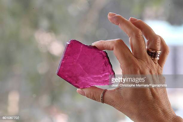 Lucia Silvestri creative director at Bulgari is photographed evaluating an uncut gem for Le Figaro on February 15 2016 in Jaipur India CREDIT MUST...