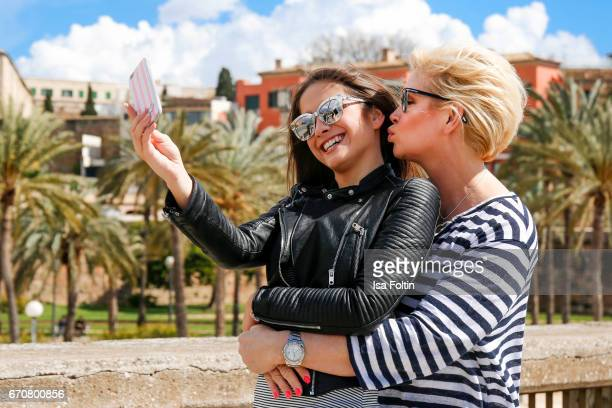 Lucia Strunz behind the scenes at the Photoshooting for Marcel Remus shoe collection with her mother Claudia Effenberg on March 25 2017 in Palma de...