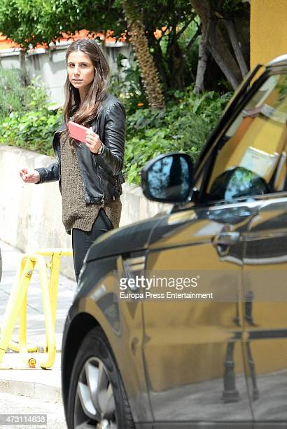 Lucia Villalon is seen opening the door to Real Madrid football player Javier Hernandez 'Chicharito' on April 28 2015 in Madrid Spain