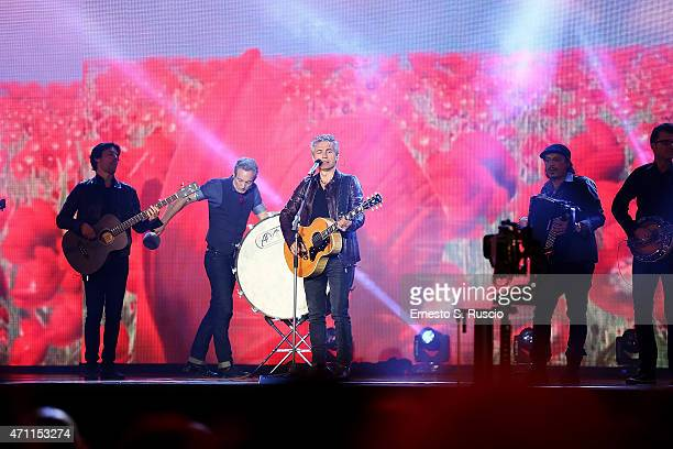 Luciano Ligabue performs during the 'Viva il 25 aprile' at Piazza del Quirinale on April 25 2015 in Rome Italy