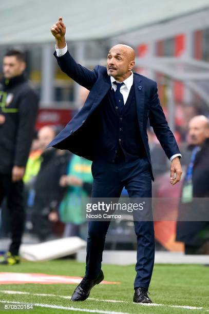 Luciano Spalletti head coach of FC Internazionale gestures during the Serie A football match between FC Internazionale and Torino FC The match ended...