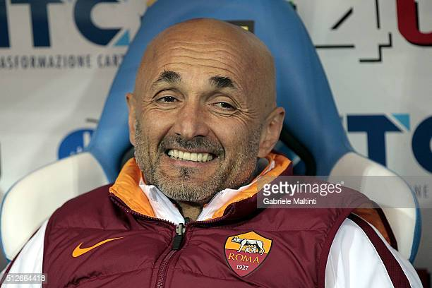 Luciano Spalletti manager of AS Roma during the Serie A match between Empoli FC and AS Roma at Stadio Carlo Castellani on February 27 2016 in Empoli...