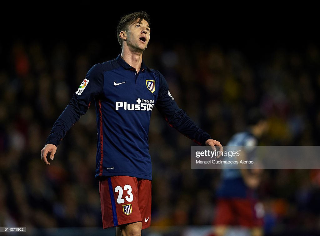 <a gi-track='captionPersonalityLinkClicked' href=/galleries/search?phrase=Luciano+Vietto&family=editorial&specificpeople=9755198 ng-click='$event.stopPropagation()'>Luciano Vietto</a> of Atletico de Madrid reacts during the La Liga match between Valencia CF and Atletico de Madrid at Estadi de Mestalla on March 06, 2016 in Valencia, Spain.