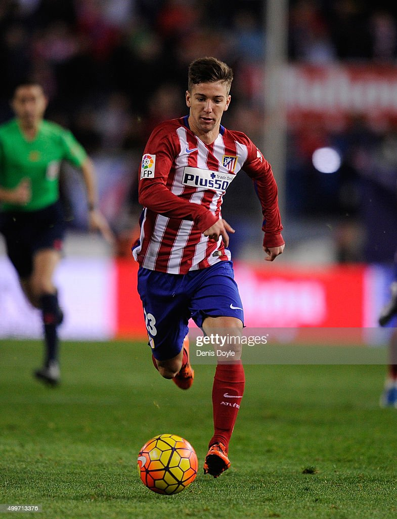 <a gi-track='captionPersonalityLinkClicked' href=/galleries/search?phrase=Luciano+Vietto&family=editorial&specificpeople=9755198 ng-click='$event.stopPropagation()'>Luciano Vietto</a> of Club Atletico de Madrid in action during the La Liga match between Club Atletico de Madrid and Real CD Espanyol at Vicente Calderon Stadium on November 28, 2015 in Madrid, Spain.
