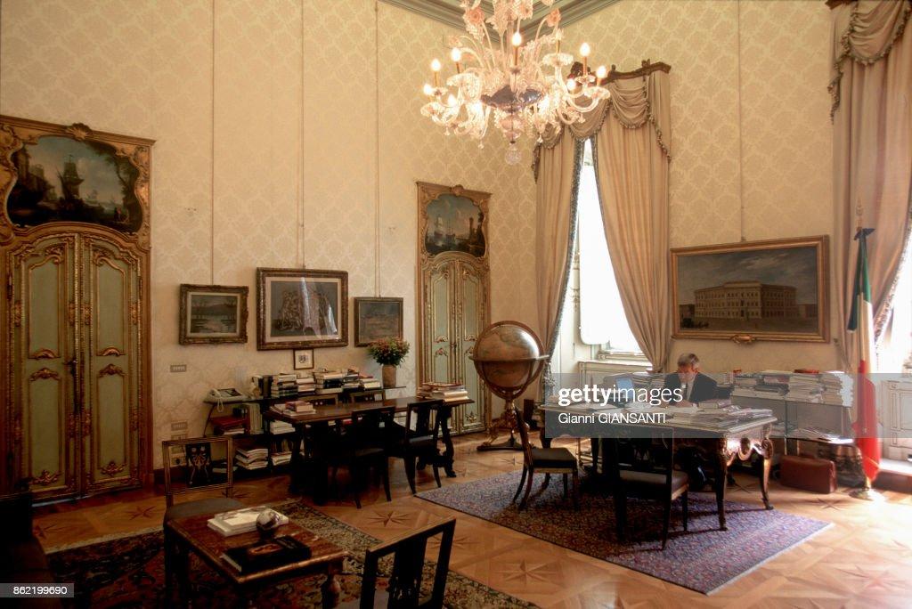 composer son bureau creer son bureau diy un bureau cachac racalisac avec des palettes creer un. Black Bedroom Furniture Sets. Home Design Ideas