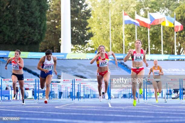 Lucie Koudelova of Czech Republic Alicia Barrett of Great Britain Teresa Errandonea of Spain Alina Talay of Belarus and Sharona Bakker of Netherlands...