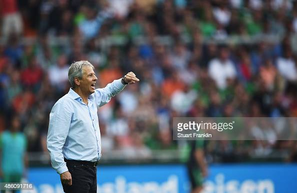 Lucien Favre head coach of Gladbach shouts during the Bundesliga match between Werder Bremen and Borussia Moenchengladbach at Weserstadion on August...