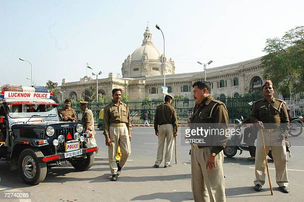 Policemen are deployed outside the Vidhan Sabha in Lucknow 06 December 2006 where Muslims organisations were holding a 'dharna' on the occasion of...