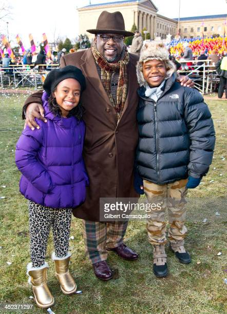 Lucky Rose Kyles Cedric the Entertainer and Croix Kyles attend the 94th Annual 6ABC Dunkin' Donuts Thanksgiving Day Parade on November 28 2013 in...