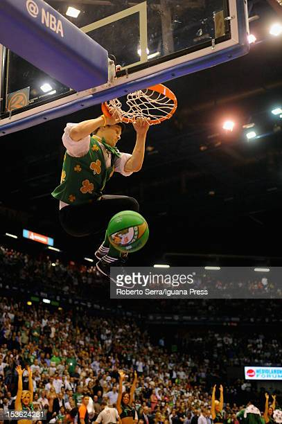 Lucky the mascotte of Celtics in action during the NBA Europe Live game between EA7 Emporio Armani Milano v Boston Celtics at Mediolanum Forum on...