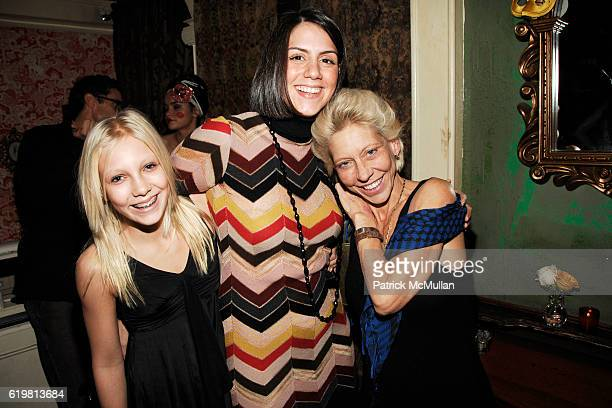 Lucy de Kooning Esther Hernandez and Lisa de Kooning attend MIKE MYERS hosts ONLY MAKE BELIEVE Benefit at The Box on October 27 2008 in New York City