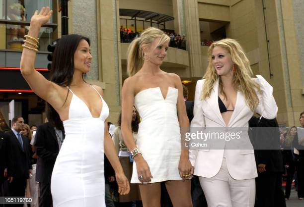 Lucy Liu Cameron Diaz and Drew Barrymore during 'Charlie's Angels 2 Full Throttle' Premiere Red Carpet at Mann's Chinese Theatre in Hollywood...