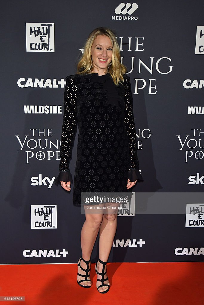 Ludivine Sagnier attends the 'The Young Pope' Paris Premiere At La Cinematheque In Paris at la cinematheque on October 17, 2016 in Paris, France.