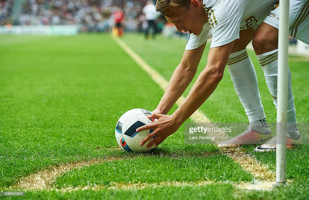 Ludvig Augustinsson of FC Copenhagen placing the ball on the golden corner kick lines during the Danish Alka Superliga match between FC Copenhagen and AGF Aarhus at Telia Parken Stadium on May 29, 2016 in Copenhagen, Denmark.
