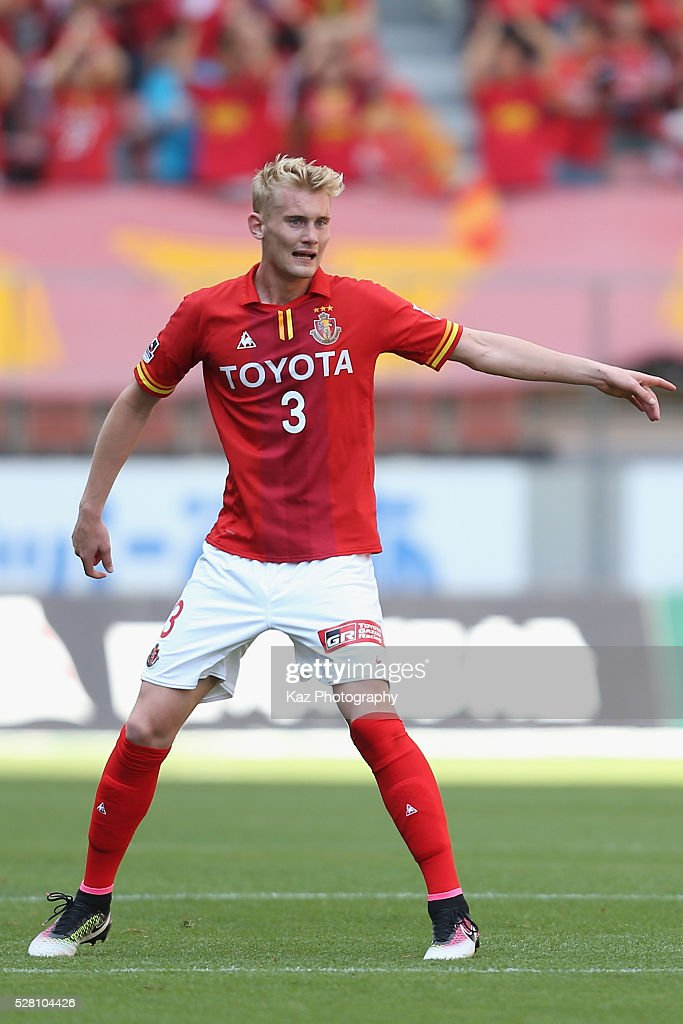 Ludvig Ohman of Nagoya Grampus in action during the J.League match between Nagoya Grampus and Yokohama F.Marinos at the Toyota Stadium on May 4, 2016 in Toyota, Aichi, Japan.
