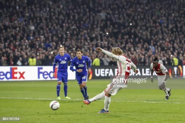 Ludwig Augustinsson of FC Copenhagen Uros Matic of FC Copenhagen Kasper Dolberg of Ajax Bertrand Traore of Ajax 20during the UEFA Europa League round...