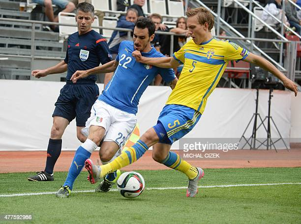 Ludwig Augustinsson of Sweden and Davide Zappacosta of Italy vie for the ball during the UEFA Under21 European Championship 2015 football match...
