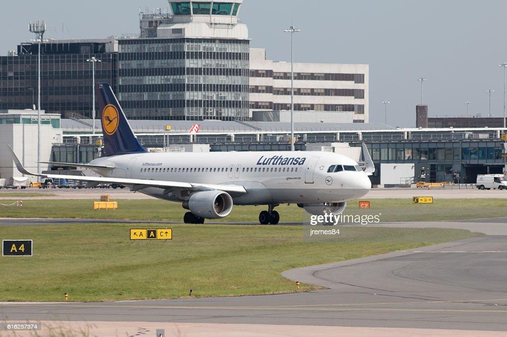 Lufthansa A319 : Foto de stock