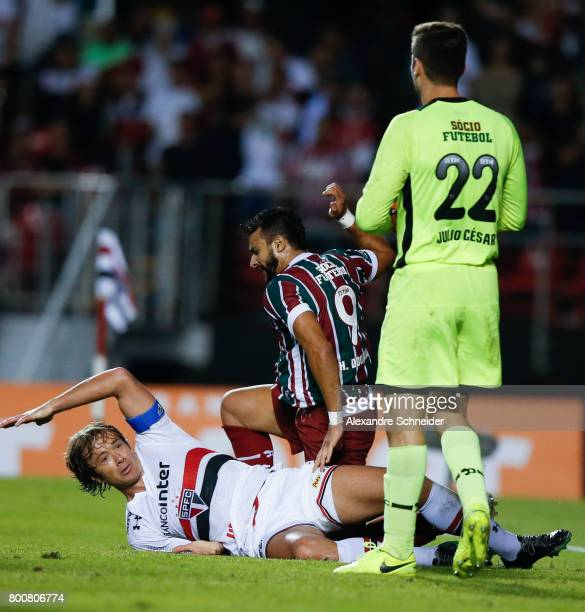 Lugano of Sao Paulo and Henrique Dourado of Fluminense in action during the match between Sao Paulo and Fluminense for the Brasileirao Series A 2017...