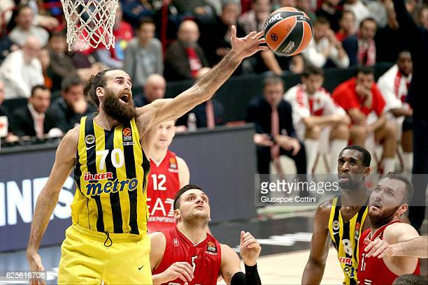 Luigi Datome #70 of Fenerbahce Istanbul in action during the 2016/2017 Turkish Airlines EuroLeague Regular Season Round 9 game between EA7 Emporio...