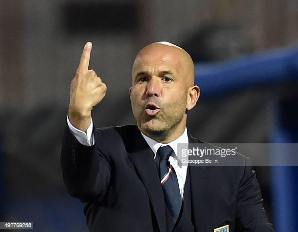 Luigi Di Biagio head coach of Italy during the 2017 UEFA European U21 Championships Qualifier between Italy and Republic of Ireland at Stadio Romeo...