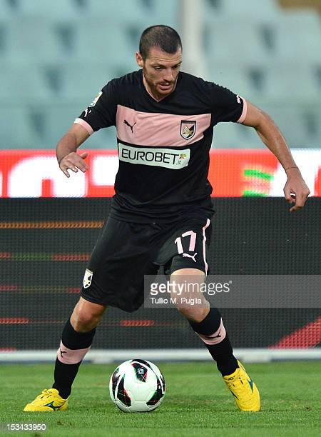 Luigi Giorgi of Palermo in action during the Serie A match between Pescara and US Citta di Palermo at Adriatico Stadium on September 26 2012 in...