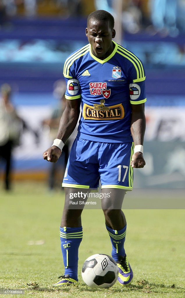 Luis Advincula of Sporting Cristal reacts during a match between Inti Gas and Sporting Cristal as part of round 4 of Copa Inca 2014 at Ciudad de Cumana Stadium on March 8, 2014 in Ayacucho, Peru.