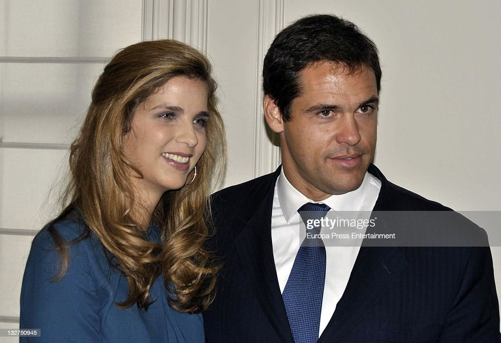 Luis Alfonso de Borbon and Margarita Vargas present 'Rastrillo Nuevo Futuro 2011' at Telefonica Store on November 14, 2011 in Madrid, Spain.
