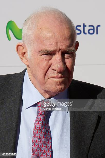 Luis Aragones attends the 'Marca' award 75th anniversary at the Callao cinema on November 26 2013 in Madrid Spain