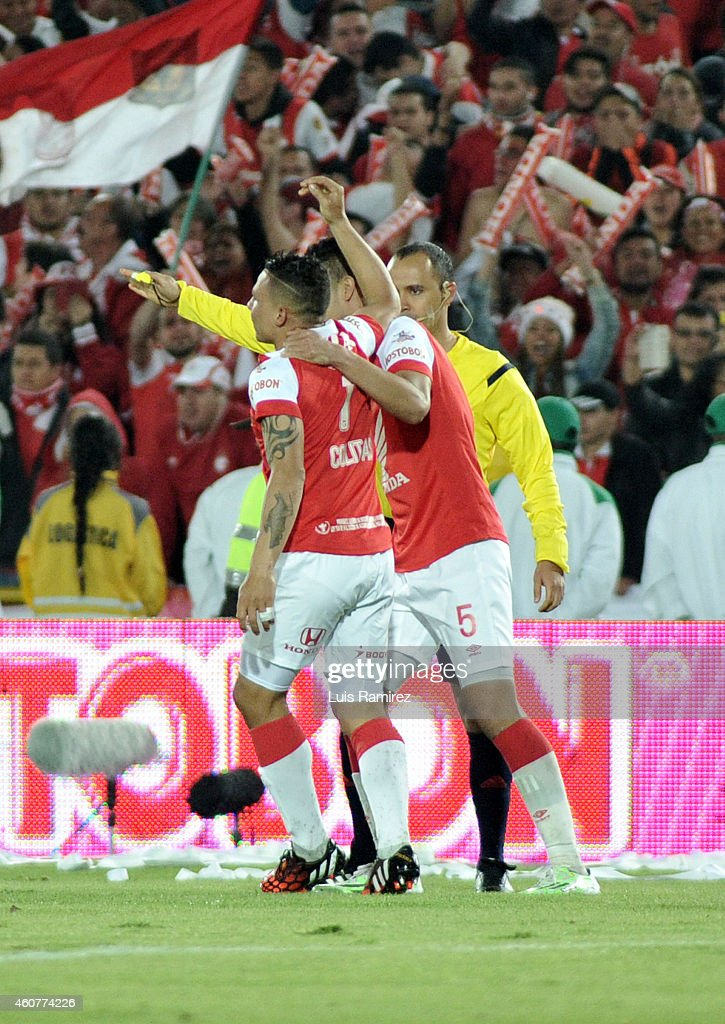Luis Arias of Independiente Santa Fe celebrates after scoring the first goal of his team during a second leg final match between Independiente Santa...