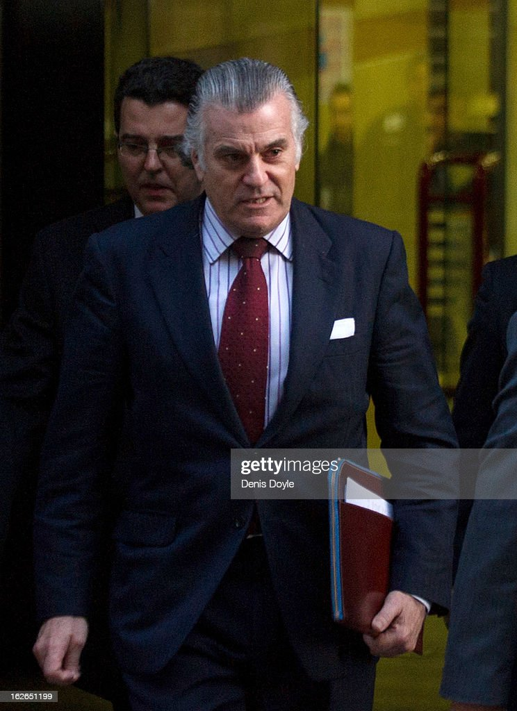 Luis Barcenas, ex-treasurer of the ruling Popular Party leaves the Madrid National Court on February 25, 2013 in Madrid, Spain. Barcenas is being investigated for possible fraud offenses while he was treasurer of the Popular Party.