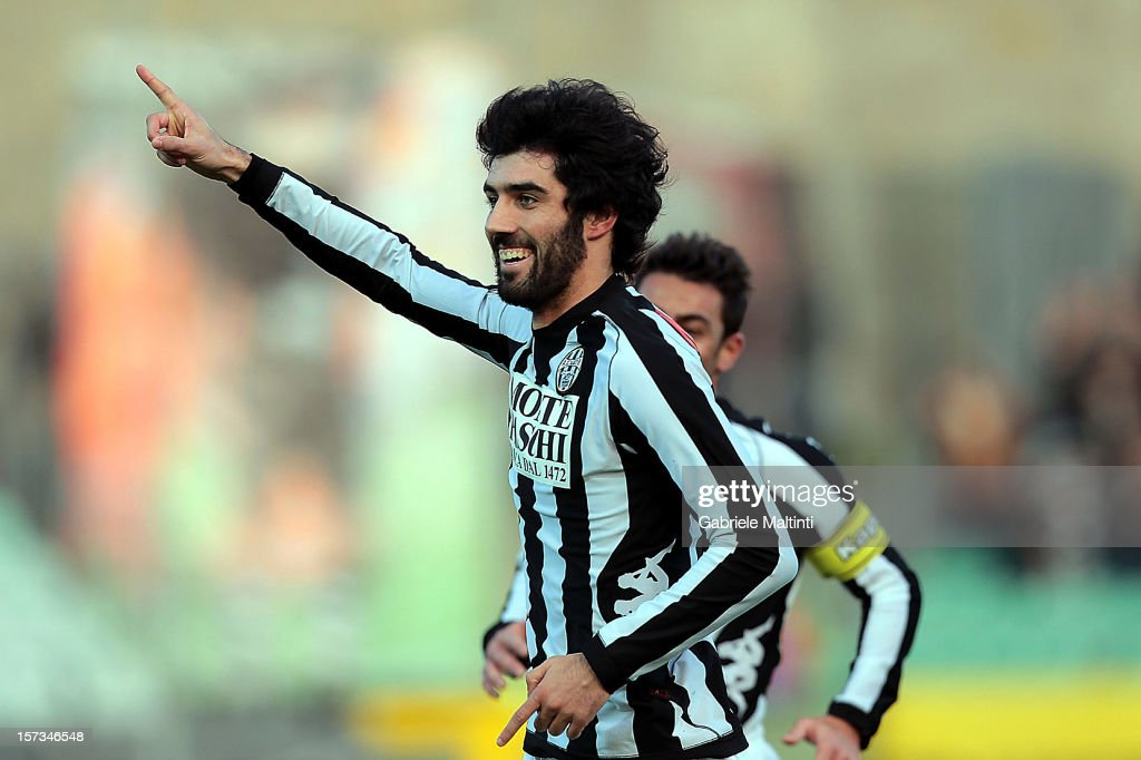 Luis Carlos Novo Neto of AC Siena celebrates after scoring the opening goal of the Serie A match between AC Siena and AS Roma at Stadio Artemio Franchi on December 2, 2012 in Siena, Italy.