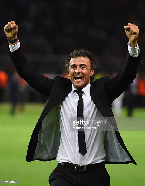 Luis Enrique manager of Barcelona celebrates victory after the UEFA Champions League Final between Juventus and FC Barcelona at Olympiastadion on...