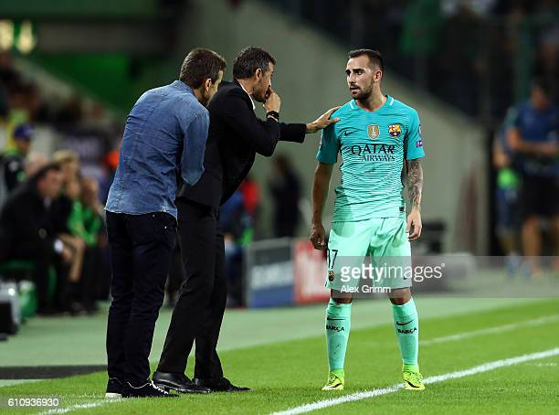 Luis Enrique Manager of Barcelona issues instructions to Paco Alcacer of Barcelona during the UEFA Champions League group C match between VfL...